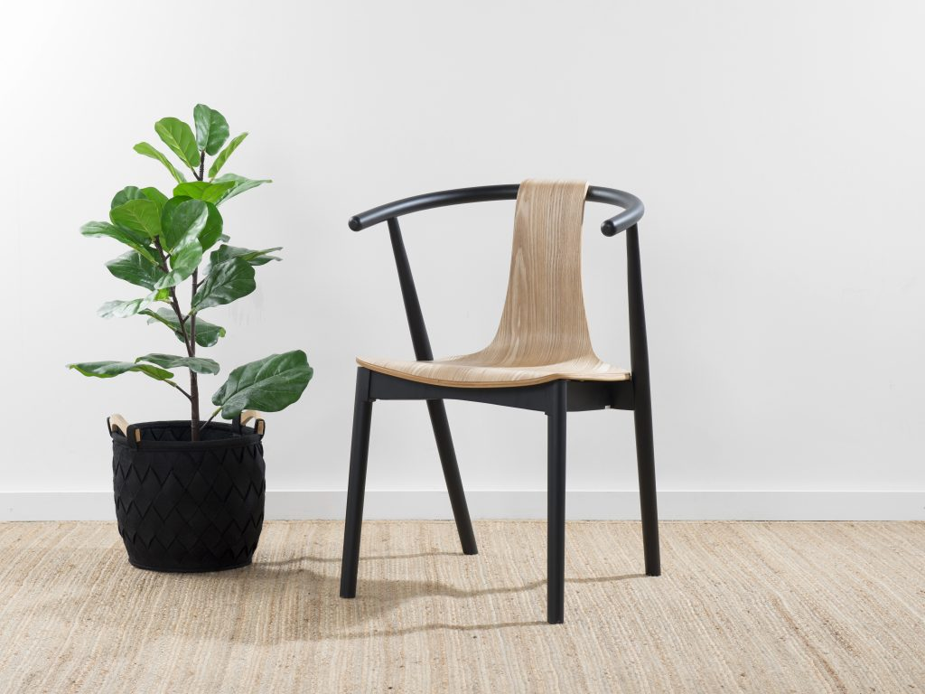 Mocka Winnie Chair - Black/Natural